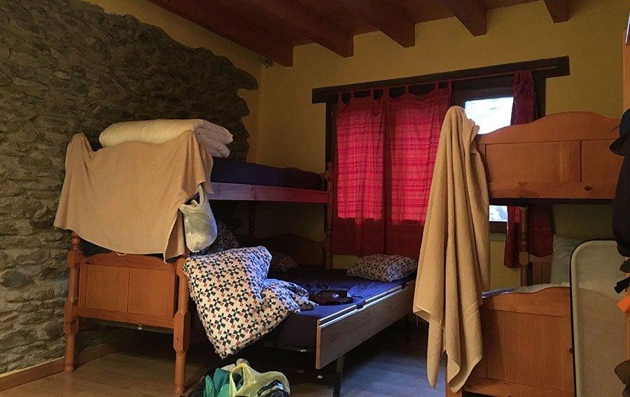 Una de les habitacions del Refugi Casa Canelo