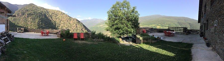 Espectaculars vistes des de la zona de terrassa del Refugi Casa Canelo