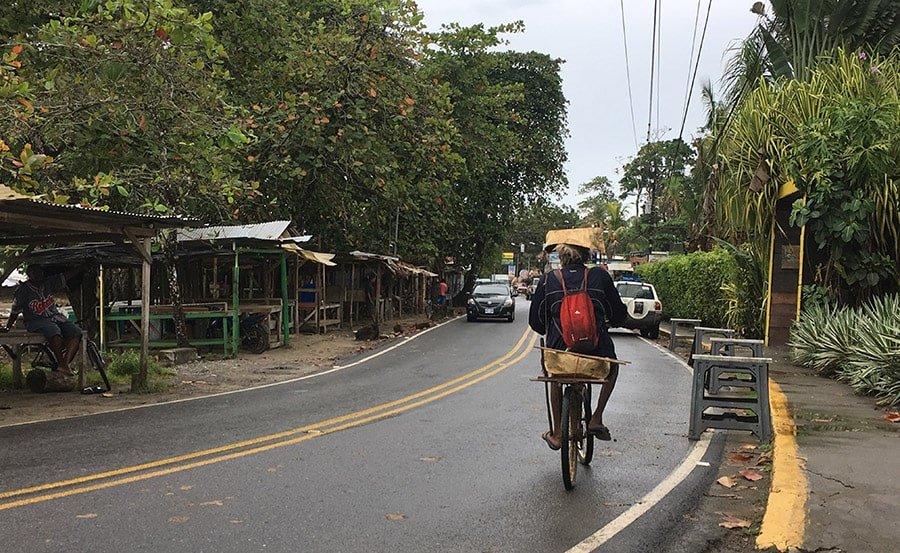 L'ús de la bicicleta a Puerto Viejo és molt comú