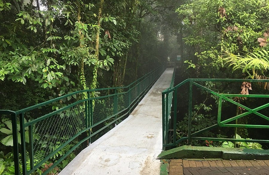 Entrada a la reserva ecològica de la cascada La Fortuna