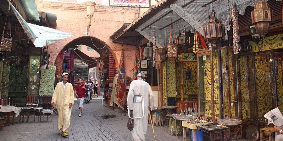 Fent turisme per un dels zocos del Marroc