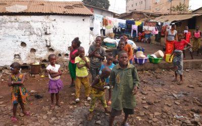 Sentint Guinea Conakry: gastronomia, transport, societat i cultura