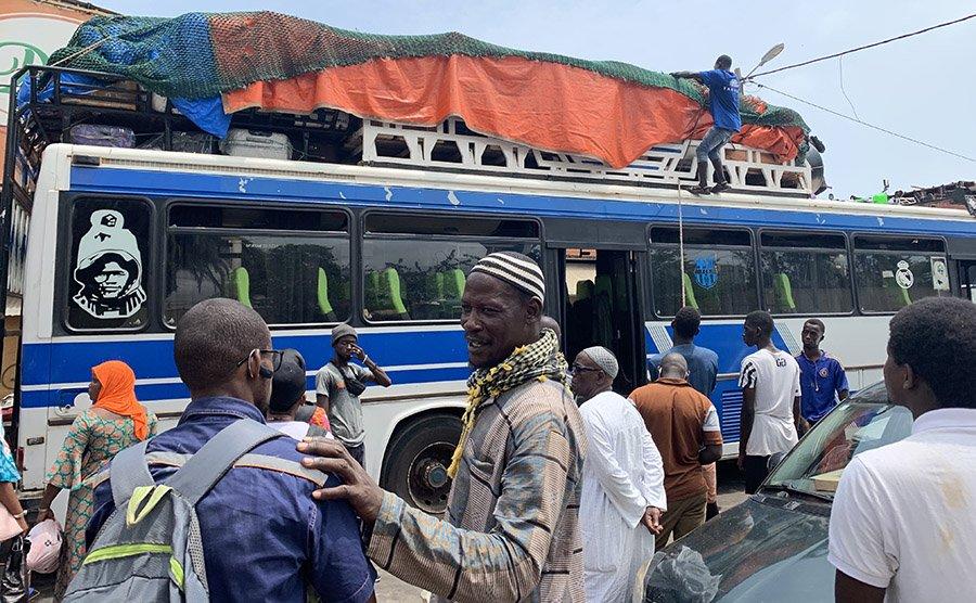 Com arribar a País Bassari des de Dakar?